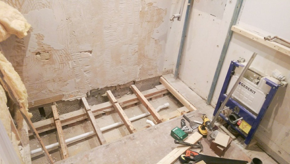 Pleasant Wet Rooms Wet Room Installation Isle Of Wight L A Download Free Architecture Designs Scobabritishbridgeorg